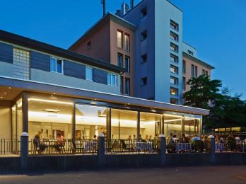 Progetto: Conversione e ampliamento ****Hotel Krone